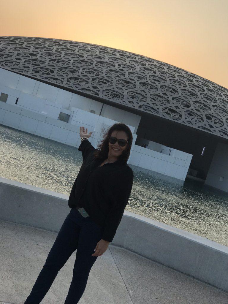 LOUVRE ABU DHABI – O MUSEU DO DESERTO E DA LUZ
